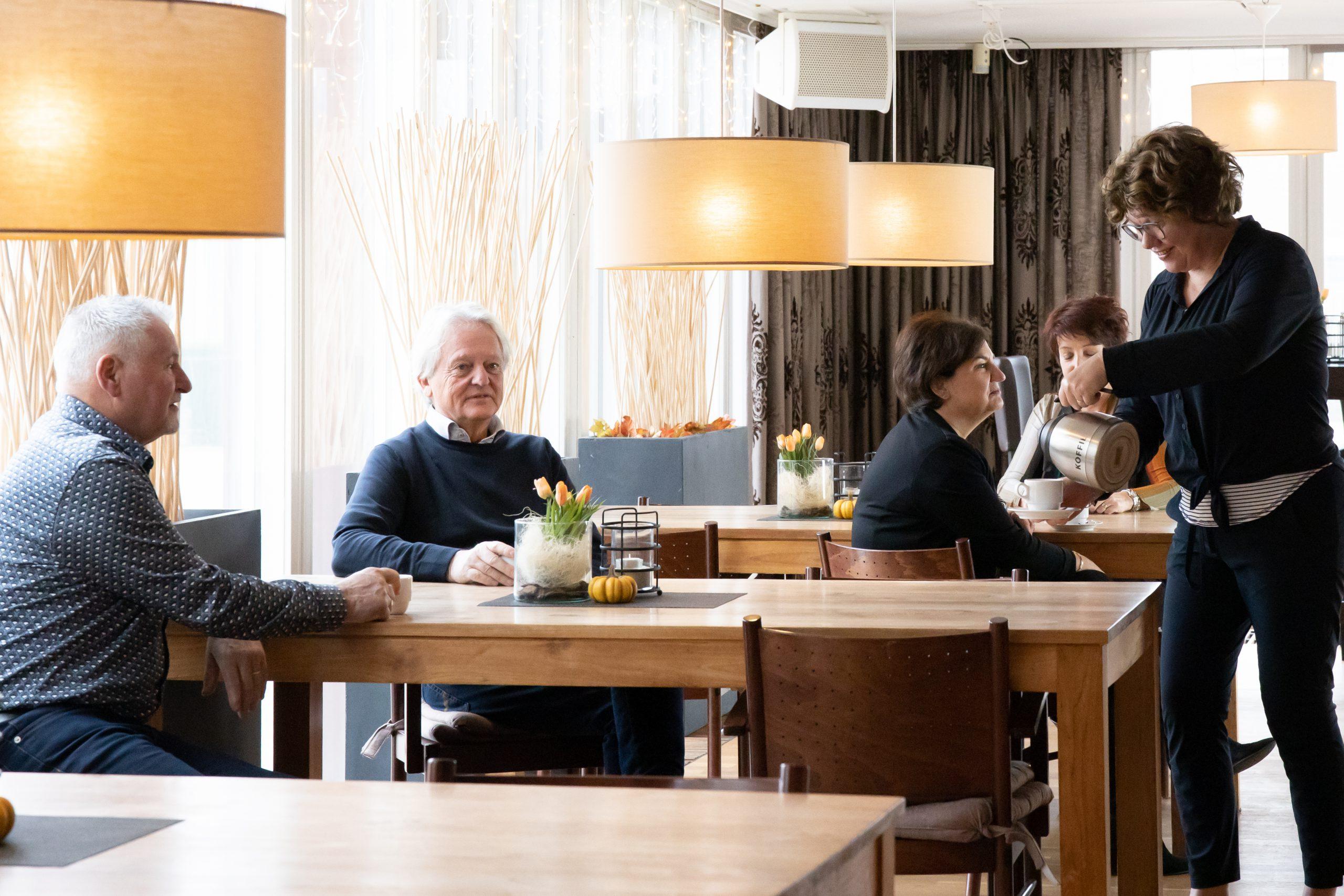 Café de Ontmoeting 2